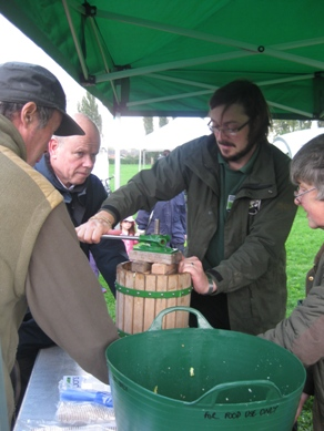 Apple juicing with Wiltshire Wildlife Trust